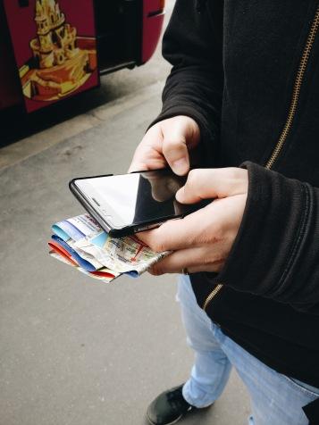 Immer dabei: das Smartphone