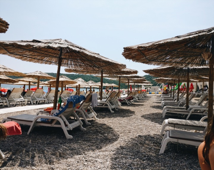 Jaz Strand in Budva